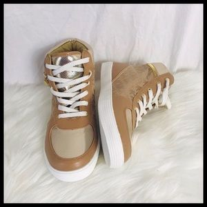 ⭐️ Michael Kors Goldy High Top Sneakers